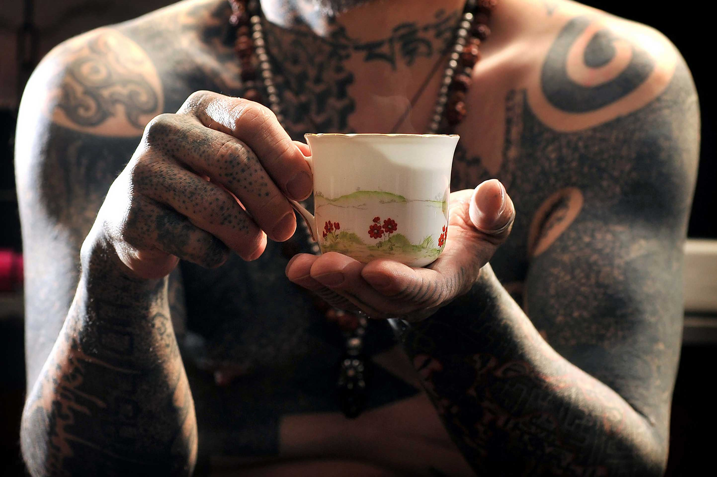 Daniel Lynch The Tea Lady The Tattoist Calm Photography Movement